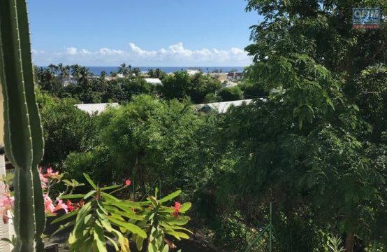 Vente-Appartement-SAINT-GILLES-LES-BAINS-Studio-tres-bien-situe-vue-mer-avec-garage-amenage-dans-residence-4