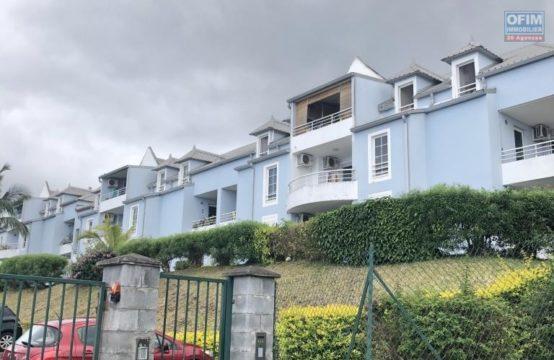 Vente-Appartement-POSSESSION-A-vendre-appartement-de-type-2-dans-residence-avec-piscine-a-la-possession