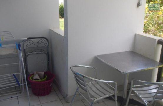 Meuble-Appartement-SAINT-GILLES-LES-BAINS-A-Louer-Studio-Meuble-Proche-Plage-a-Boucan-Canot-St-Gilles-Les-Bains-3