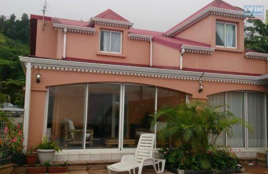 Vente-Maison-Villa-SAINT-LEU-Vente-Maison-Villa-Vue-Mer-et-Montagne-a-La-Chaloupe-1