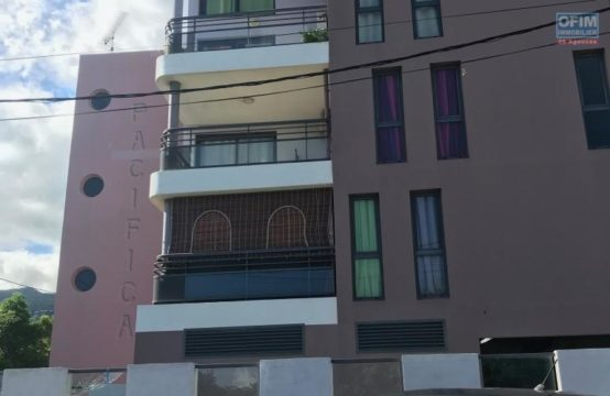 En vente un joli appartement de type F2 à La Possession Réunion par OFIM