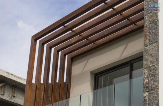 En vente une villa moderne de type F5 à la Possession, île de la Réunion par OFIM