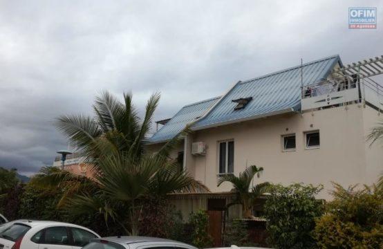 En location un appartement de type F2 à Saline les Bains, île de la Réunion par OFIM
