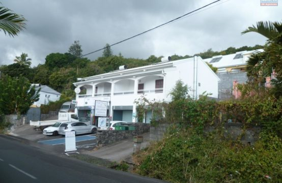 En location un appartement de type F3 à Saint Paul île de la Réunion par OFIM