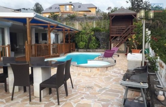 Vente-Maison-Villa-SAINT-PAUL-A-Vendre-villa-F5-a-ST-PAUL-BELLEMENE-Réunion-aucun-vis-à-vis-vue-mer-montagne-par-ofim