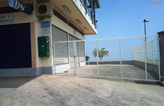 location-local-commercial-65m2-parking-vue-mer-vue-montagne-palateau-caillou-Réunion-par-ofim