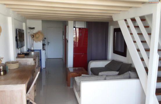 Location-studio-vue-mer-T1-varangue-parking-Saint-Gilles-Les-Bains-Réunion-par-ofim