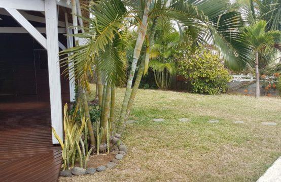 Local-bureaux-atelier-vue-mer-vue-montagne-Réunion-ofim