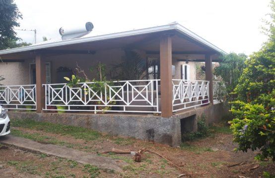 Location-villa-T4-jardin-vue-mer-vue-montagne-T4-ofim-Saint-Paul