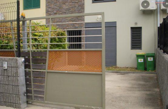 Location-ofim-T4-vue-metr-proche-commodités-écoles-varangue-Possession-Réunion