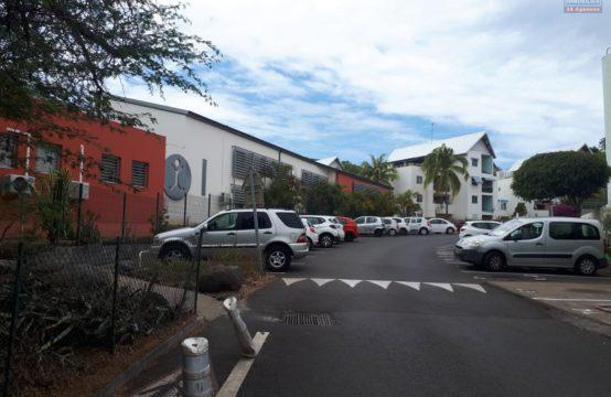 Location-appartement-T2-vue-mer-balcon-Boucan-Canot-Réunion-Ofim