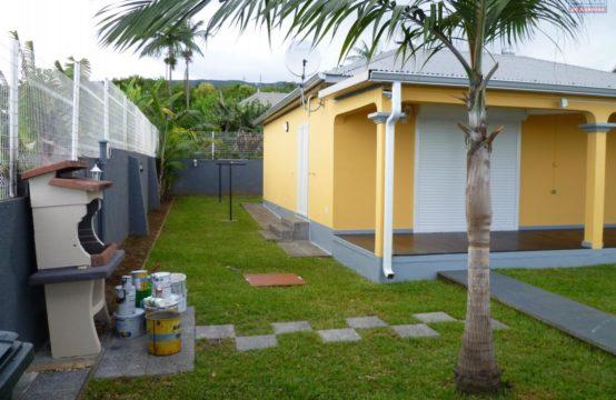 Location-villa-T4-vue-mer-montagne-grande-spacieuse-ofim-Réunion