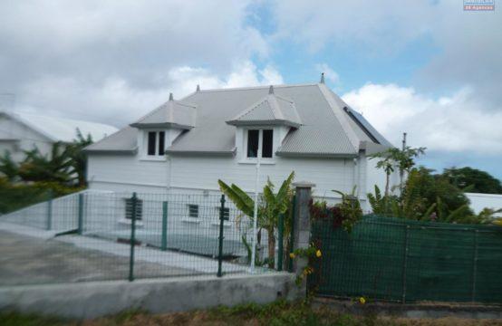 Location-villa-Ofim-Réunion-vue-mer-T5-vue-montagne-grande-Saint-gilles-les-hauts-Villele