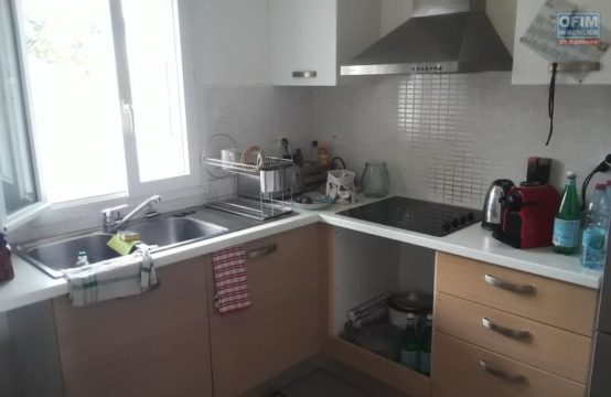 Location-Appartement-SALINE-LES-BAINS-A-Louer-Appartement-F3-de-68-m2-habitable-proche-plage-a-la-Saline-les-bains-Ofim