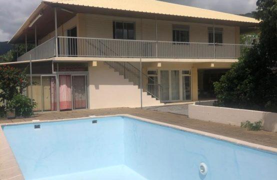 La-Plaine-Saint-Paul-vue-mer-réunion-ofim-vente-villa-T8-grande-jardin