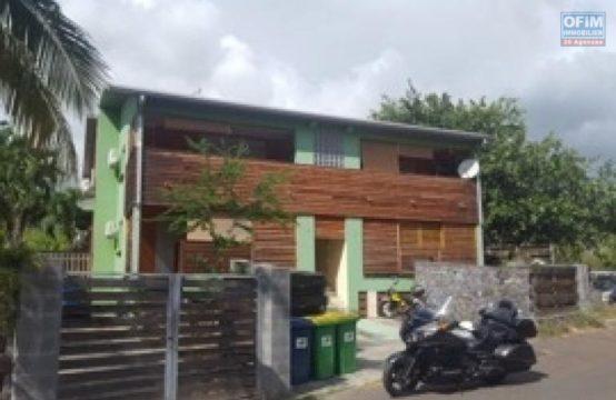 Location-Appartement-SALINE-LES-BAINS-A-Louer-tres-bel-appartement-F3-a-La-Saline-les-bains-plage-de-trou-d-eau-trois-bassins-ofim-proche-plage