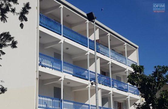 Location-Appartement-SAINT-PAUL-A-Louer-Appartement-F3-centre-ville-St-Paul-ofim