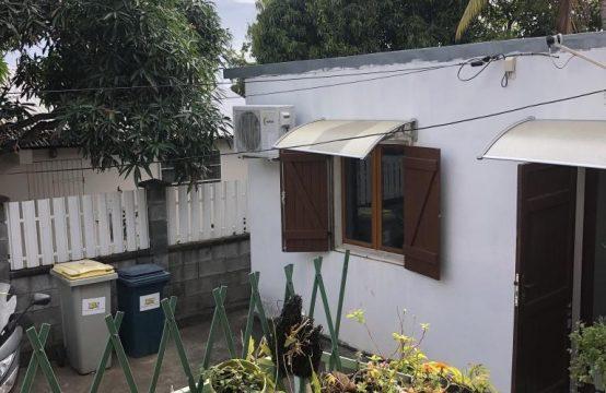 Ofim-villa-T8-saint-paul-vue-proche-commerces