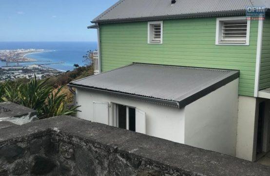 Ofim-Vente-Maison-Villa-POSSESSION-a-vendre-villa-type-5-recente-vue-mer-ravine-a-malheur-possession-1