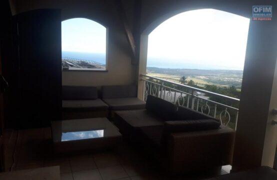Ofim-vue-mer-ouest-Location-Appartement-SAINT-PAUL-A-Louer-haut-de-villa-F4-a-La-Plaine-St-Paul-1