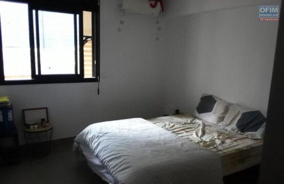 Ofim-Vente-Appartement-SAINT-GILLES-LES-BAINS-A-Vendre-Appartement-F2-de-40-m2-habitable-dans-une-Residence-securisee-proche-plage-a-St-Gilles-les-bains-1