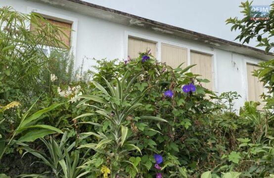 Ofilm-Vente-Maison-Villa-TROIS-BASSINS-Maison-au-centre-ville-de-Trois-Bassins-belle-vue-mer-proche-de-toutes-commoditees-1