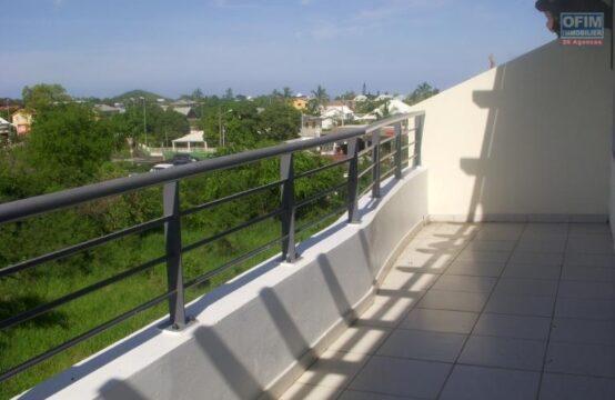OFIM-immobilier-Réunion-Location-Appartement-POSSESSION-A-louer-appartement-F3-en-duplex-sur-la-Possession-MOULIN-JOLI-ouest